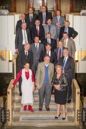 Zakelijke groepsfoto op historische trap in Amrath Hotel Amsterdam